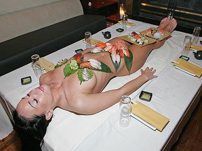 Naked women sushi 6